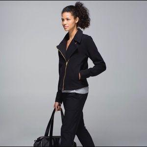 Lululemon LAB Shadow Jacket Black size 6!